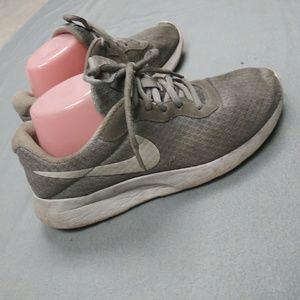 Grey nike kicks size 8.5